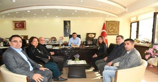 Pir Sultan Abdal Derneğinden Başkan Yücel'e Ziyaret