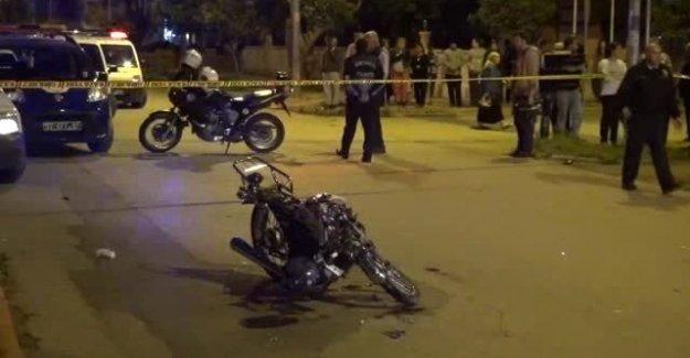 Emanet Motosikletle Polis Aracına Çarptı