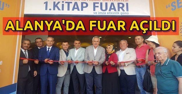 Alanya'da Kitap Fuarı Açıldı