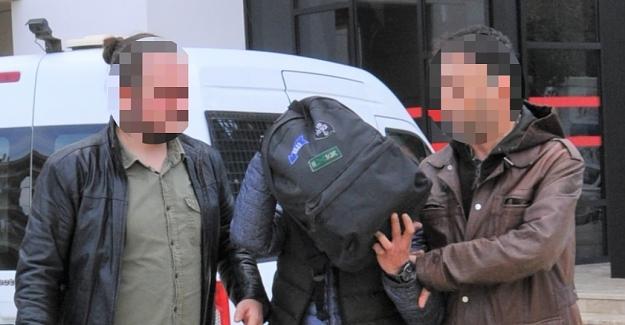 Alanya'da Uyuşturucu Zanlısı Teslim Oldu