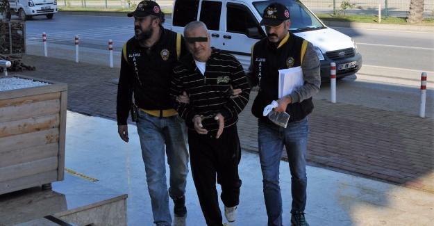 Alanya'da Kurşun Yağdıran Zanlı Adliye'ye Sevk Edildi