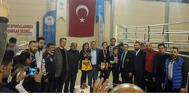 14 Muay-Thai Sporcusu Türkiye Şampiyonası'na Gidiyor