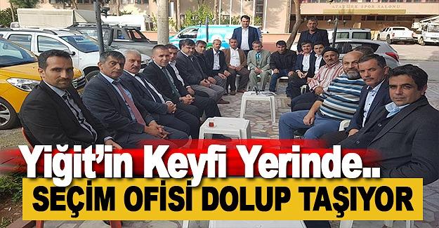 Yiğit'in Seçim Ofisine Yoğun ilgi