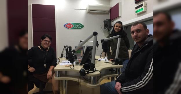 Alkü'lü Öğrenciler TRT Radyosunda