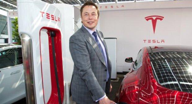 Tesla Hissedarları, Elon Musk'ın Görevden Alınmasını İstiyor