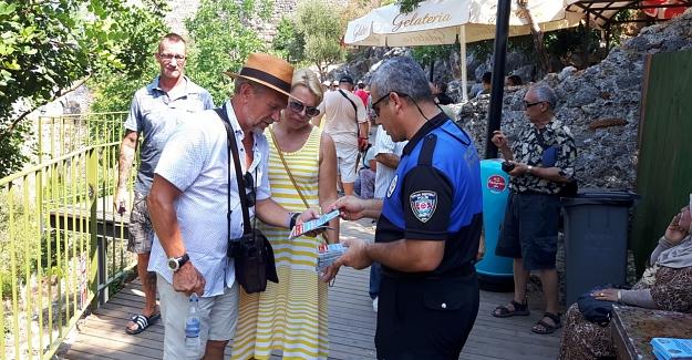 Alanya polisinden turizme destek