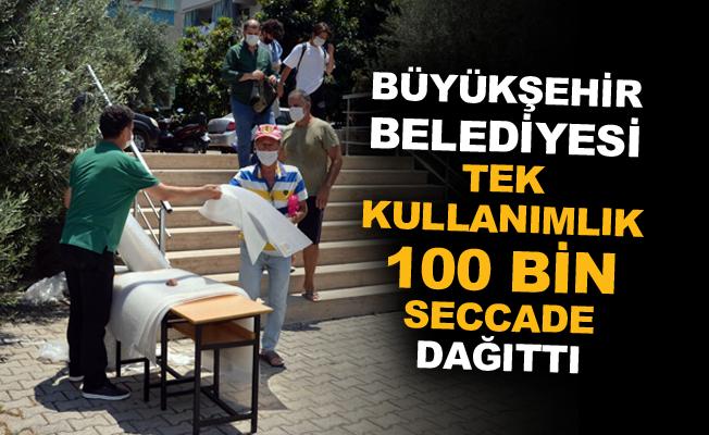 Büyükşehir Belediyesi tek kullanımlık100 bin seccade dağıttı