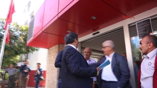 CHP'li Eski İlçe Başkanı İl Binasına Alınmadı