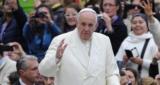 Papa yine soykırım dedi