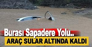 Alanya#039;da Araç Su Altında Kaldı
