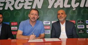 Alanyaspor'un Teknik direktörü Sergen Yalçın oldu