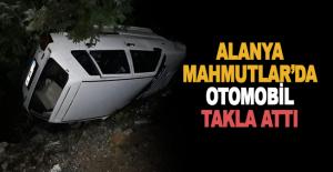 Mahmutlar#039;da otomobil takla attı