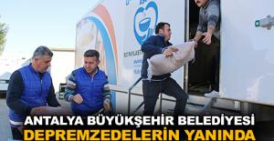 Antalya Büyükşehir Belediyesi depremzedelerin yanında
