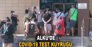 ALKÜ'de Covid-19 test kuyruğu