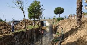 Mahmutlar'da Dere Park Islah Ediliyor