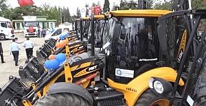 Büyükşehir Araç Filosuna, 43 İş Makinesi Dahil Etti