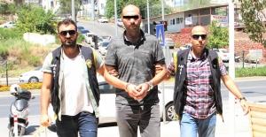 Alanya'da Tehditle Para Tahsil Ederken Yakalandı