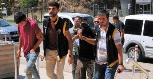 Alanya'da Vatandaşlar Hırsız Yakaladı