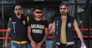 Alanya'daAranan Hırsız Seyir Terasında Yakalandı