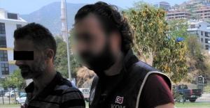 Aranan Şahıs Alanya'da Yakalandı