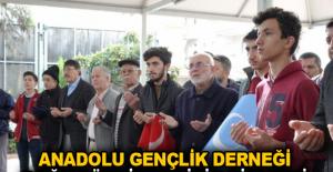 Anadolu Gençlik Derneği Doğu Türkistan için birleşti