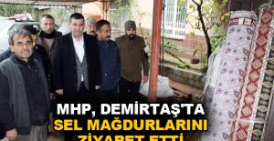 MHP, Demirtaş'ta sel mağdurlarını ziyaret etti
