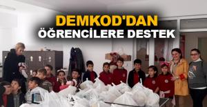 DEMKOD'dan öğrencilere destek