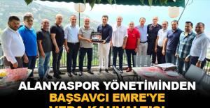 Alanyaspor Yönetiminden Başsavcı Emre'ye veda kahvaltısı