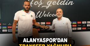 Alanyaspor'dan transfer yağmuru