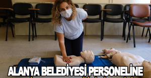 Alanya Belediyesi Personeline Temel İlk Yardım Eğitimi Veriliyor