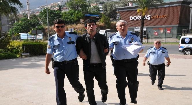 Gürcü Hırsız,yeniden Döndüğü Alanya'da Tutuklandı