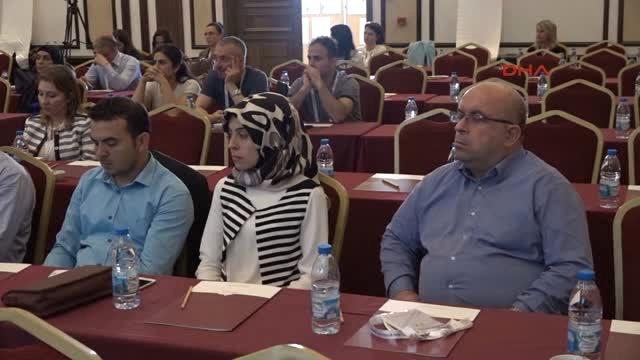 Antalya Süs Bitkileri Sektörü Kriz Koşullarında Büyüdü