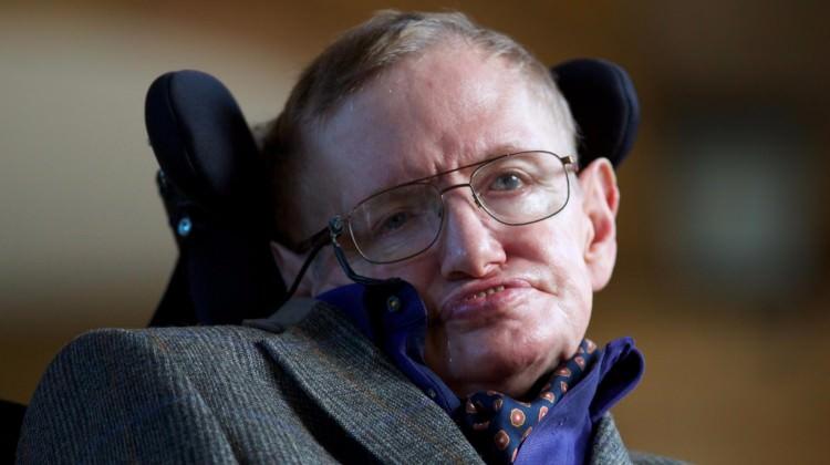 Hawking'den yeni 'paralel evren' iddiası