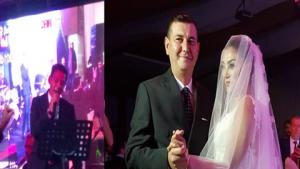 Türkdoğan'ın Düğününde Yıldızdoğan Sahne Aldı